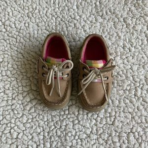 Toddler girl Sperry size 5